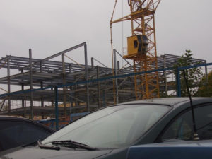Монтаж металлических конструкций паркинга