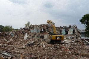 Демонтаж кирпичной пятиэтажки